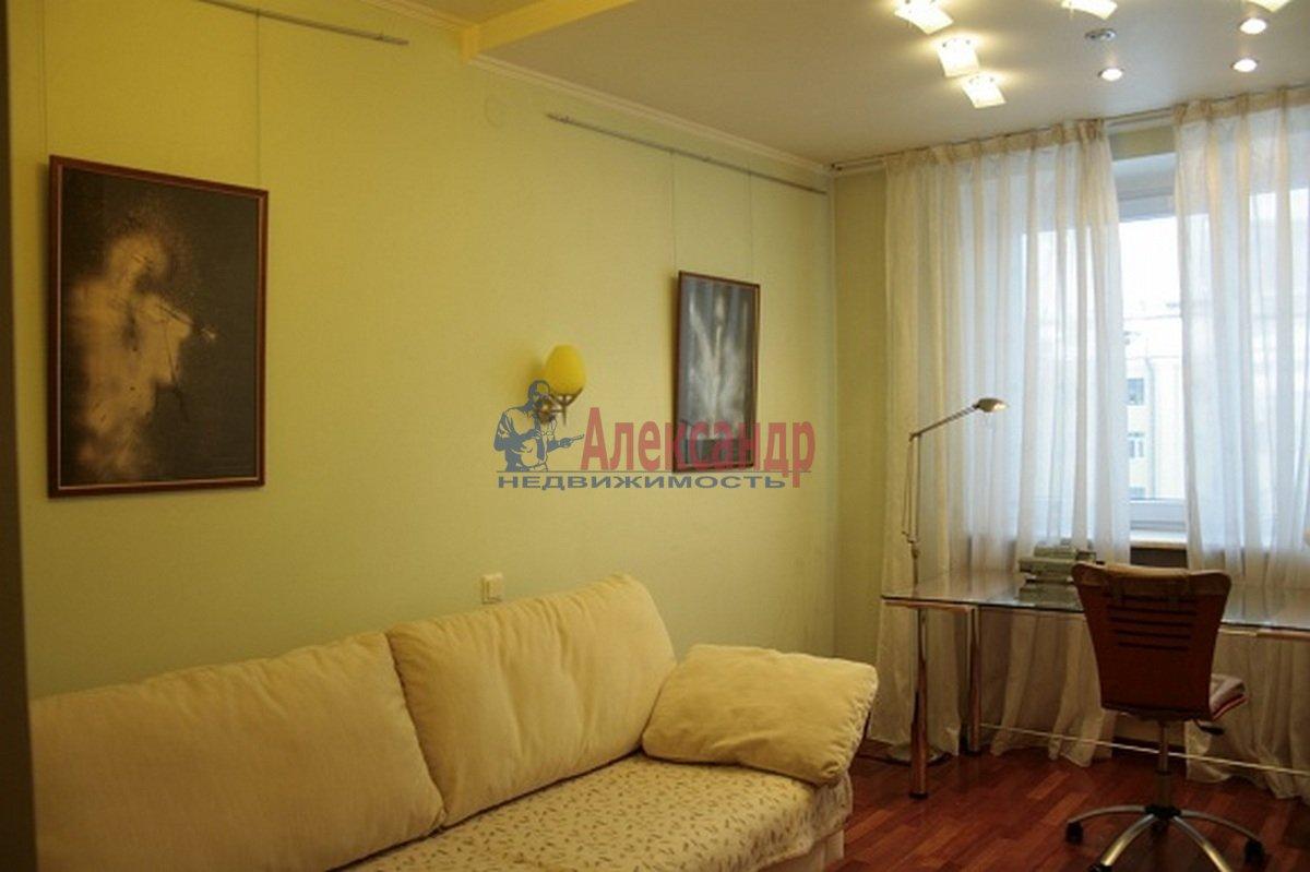 3-комнатная квартира (110м2) в аренду по адресу Невский пр., 117— фото 9 из 12
