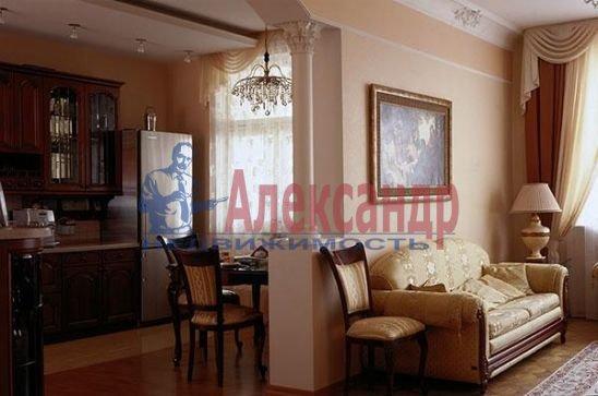 4-комнатная квартира (170м2) в аренду по адресу Невский пр., 18— фото 2 из 2