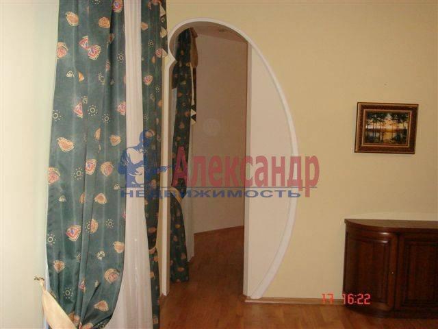 2-комнатная квартира (70м2) в аренду по адресу Каменноостровский пр., 35/75— фото 5 из 9