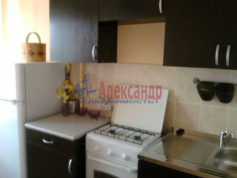 2-комнатная квартира (44м2) в аренду по адресу Суздальский просп., 5— фото 3 из 3