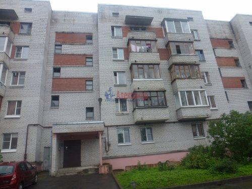 2-комнатная квартира (50м2) на продажу по адресу Саперный пос., Невская ул., 11— фото 1 из 9