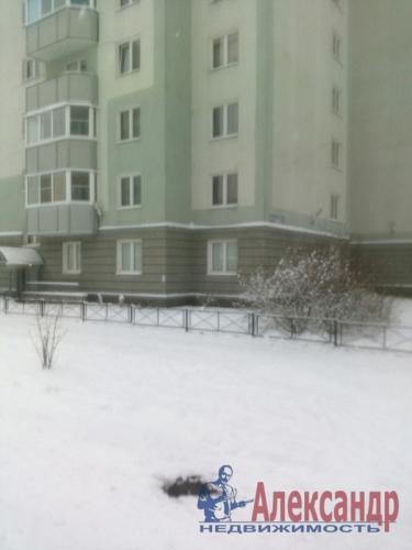 3-комнатная квартира (77м2) на продажу по адресу Осиновая Роща пос., Приозерское шос., 12— фото 16 из 17