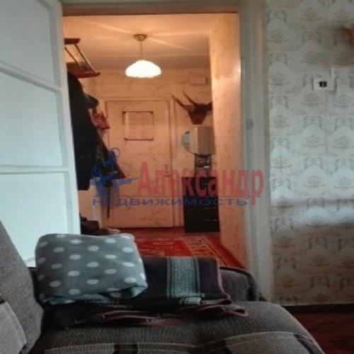 2-комнатная квартира (46м2) на продажу по адресу Беломорская ул., 32— фото 3 из 4