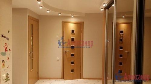 2-комнатная квартира (80м2) на продажу по адресу Руднева ул., 24— фото 3 из 11
