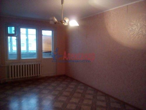 2-комнатная квартира (53м2) на продажу по адресу Сиверский пгт., Вокзальная ул., 4— фото 1 из 3