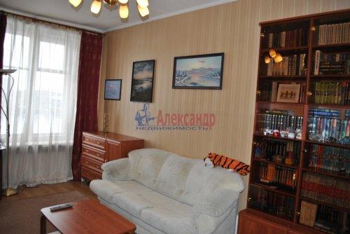2-комнатная квартира (58м2) на продажу по адресу Бабушкина ул., 52— фото 3 из 25