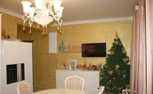 2-комнатная квартира (89м2) на продажу по адресу Выборг г., Сторожевой Башни ул., 17— фото 2 из 11