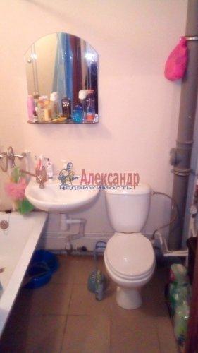 2-комнатная квартира (48м2) на продажу по адресу Шушары пос., Московское шос., 284— фото 10 из 11
