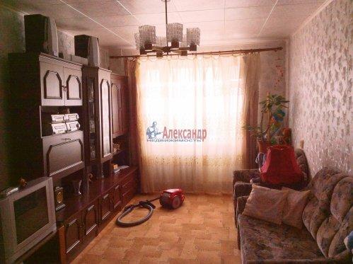 3-комнатная квартира (71м2) на продажу по адресу Шлиссельбург г., Малоневский канал ул., 18— фото 1 из 7