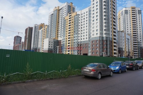2-комнатная квартира (64м2) на продажу по адресу Дунайский пр., 7— фото 2 из 8