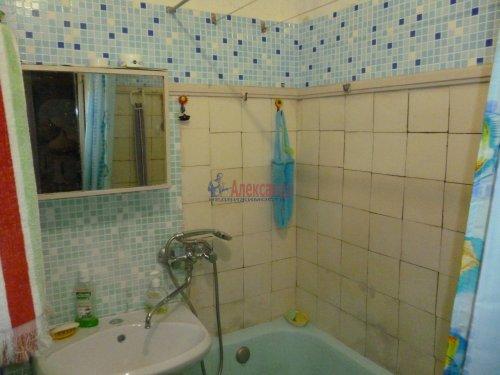 2-комнатная квартира (45м2) на продажу по адресу Юрия Гагарина просп., 14— фото 7 из 9
