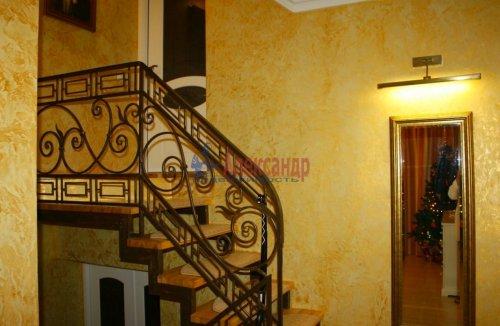 2-комнатная квартира (89м2) на продажу по адресу Выборг г., Сторожевой Башни ул., 17— фото 4 из 11