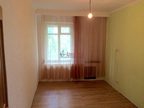5-комнатная квартира (84м2) на продажу по адресу Ульяновка пгт., Левая Линия ул., 49— фото 7 из 13