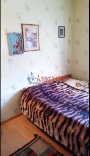 2-комнатная квартира (65м2) на продажу по адресу Володарский пос., Трудовая ул., 17— фото 16 из 19