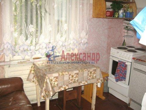 Комната в 2-комнатной квартире (44м2) на продажу по адресу Пушное пос., Школьная ул.— фото 4 из 5