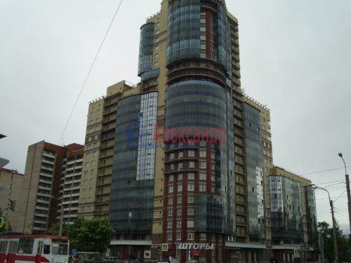 1-комнатная квартира (37м2) на продажу по адресу Серебристый бул., 17— фото 1 из 5