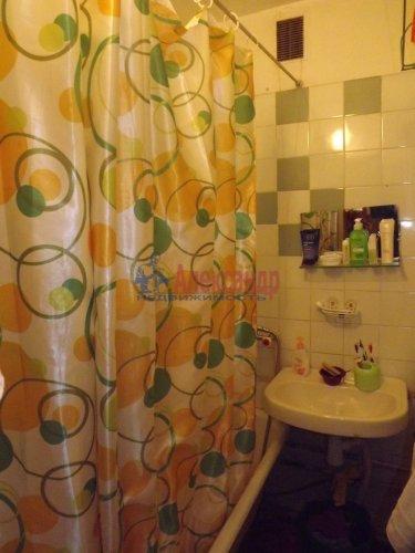 2-комнатная квартира (48м2) на продажу по адресу Генерала Симоняка ул., 1— фото 6 из 7
