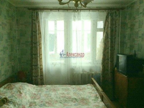 3-комнатная квартира (71м2) на продажу по адресу Шлиссельбург г., Малоневский канал ул., 18— фото 2 из 7