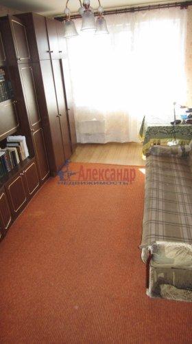 2-комнатная квартира (57м2) на продажу по адресу Мурино пос., Оборонная ул., 26— фото 11 из 14