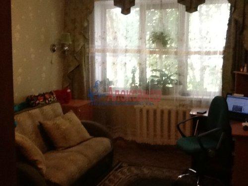 4-комнатная квартира (74м2) на продажу по адресу Коммунар г., Садовая ул., 6— фото 2 из 8