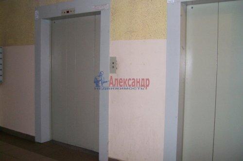 1-комнатная квартира (35м2) на продажу по адресу Ленинский пр., 76— фото 3 из 17