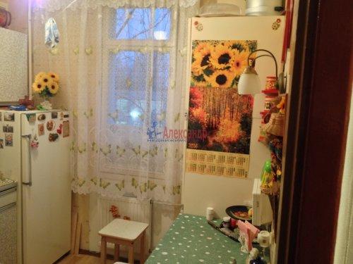 4-комнатная квартира (48м2) на продажу по адресу Лени Голикова ул., 27— фото 9 из 16