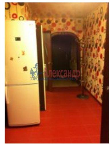 2-комнатная квартира (51м2) на продажу по адресу Малое Карлино дер., Пушкинское шос., 24— фото 2 из 8