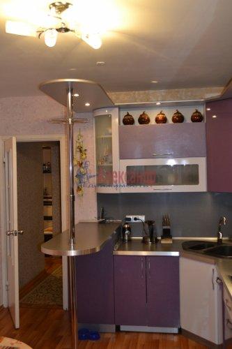 3-комнатная квартира (77м2) на продажу по адресу Маршала Казакова ул., 44— фото 13 из 37