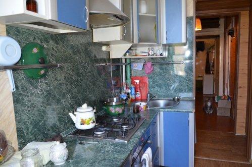 Комната в 2-комнатной квартире (52м2) на продажу по адресу Петергоф г., Санкт-Петербургский пр., 30— фото 5 из 9