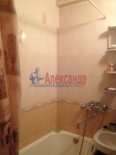 1-комнатная квартира (35м2) на продажу по адресу Луначарского пр., 37— фото 4 из 8
