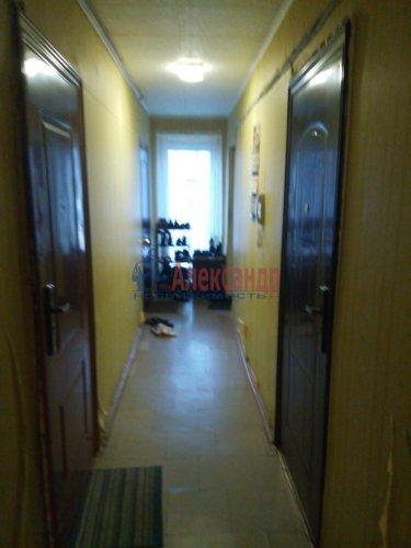 Комната в 12-комнатной квартире (210м2) на продажу по адресу Светлановский просп., 58— фото 4 из 4