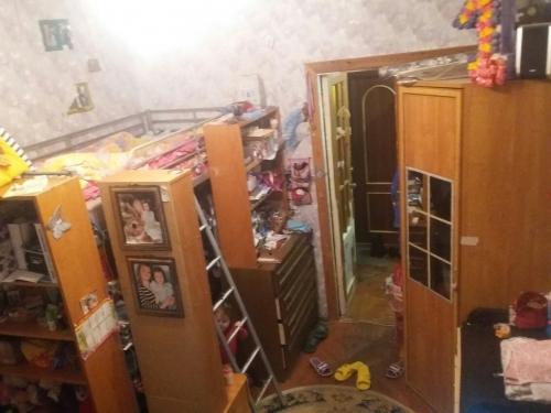 Комната в 4-комнатной квартире (94м2) на продажу по адресу Понтонный пос., Заводская ул., 3— фото 7 из 9