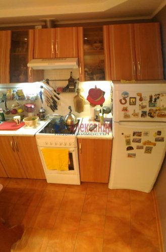 1-комнатная квартира (40м2) на продажу по адресу Мурино пос., Оборонная ул., 2— фото 8 из 18