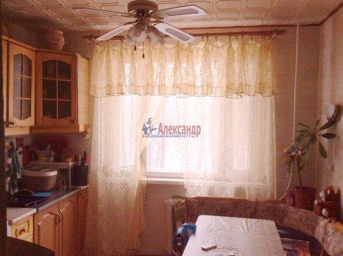 3-комнатная квартира (71м2) на продажу по адресу Шлиссельбург г., Малоневский канал ул., 18— фото 3 из 7