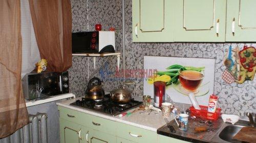 2-комнатная квартира (46м2) на продажу по адресу Кириши г., Ленина пр., 17— фото 3 из 10