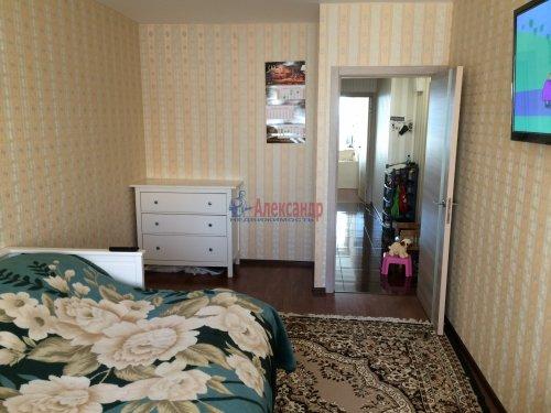 2-комнатная квартира (57м2) на продажу по адресу Мурино пос., Привокзальная пл., 1— фото 7 из 13