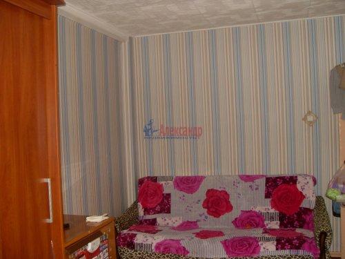 1-комнатная квартира (30м2) на продажу по адресу Октябрьская наб., 80— фото 2 из 7