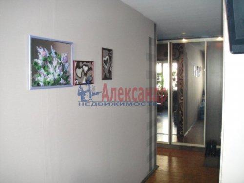 2-комнатная квартира (59м2) на продажу по адресу Свердлова пгт., 1-й мкр., 9— фото 3 из 6