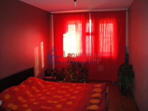 2-комнатная квартира (59м2) на продажу по адресу Свердлова пгт., 1-й мкр., 9— фото 4 из 6