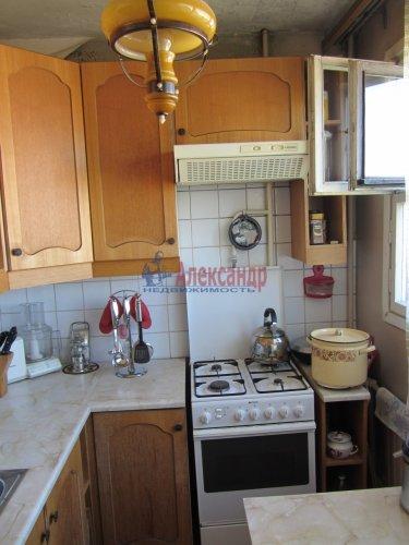 5-комнатная квартира (71м2) на продажу по адресу Бухарестская ул., 78— фото 4 из 16