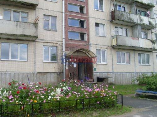 2-комнатная квартира (44м2) на продажу по адресу Севастьяново пос., Новая ул.— фото 1 из 3