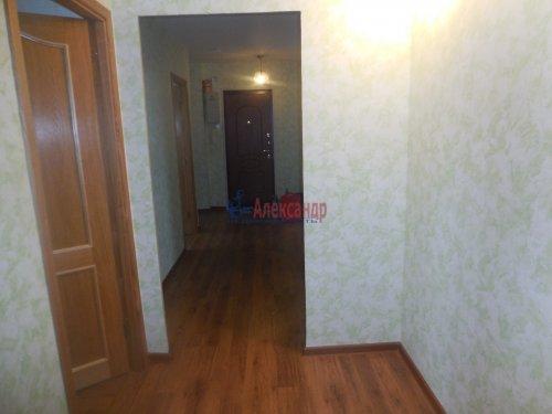 3-комнатная квартира (83м2) на продажу по адресу Волхов г., Железнодорожный пер., 1— фото 4 из 8