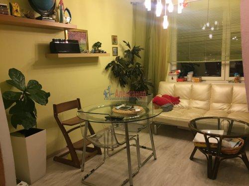 2-комнатная квартира (60м2) на продажу по адресу Пятилеток пр., 9— фото 4 из 19