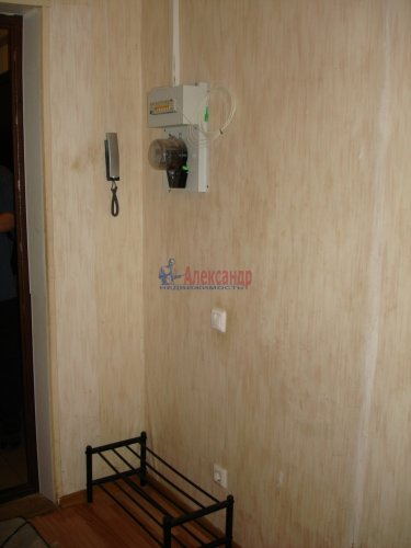 2-комнатная квартира (64м2) на продажу по адресу Ленинский пр., 55— фото 13 из 18