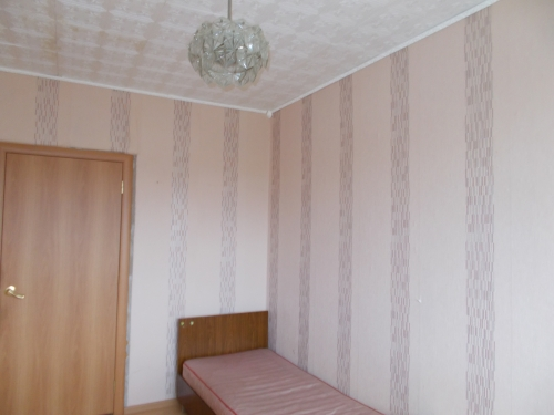 3-комнатная квартира (65м2) на продажу по адресу Тихвин г., Ленинградская ул., 76— фото 2 из 6