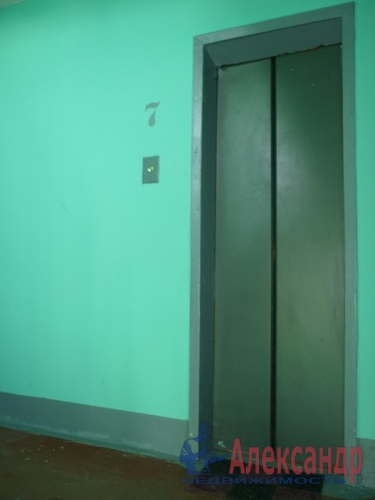 1-комнатная квартира (32м2) на продажу по адресу Серебристый бул., 6— фото 8 из 23