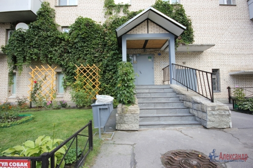 3-комнатная квартира (190м2) на продажу по адресу Савушкина ул., 118— фото 2 из 23