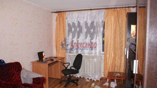 2-комнатная квартира (46м2) на продажу по адресу Кириши г., Ленина пр., 17— фото 5 из 10