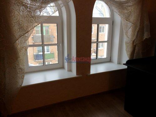 4-комнатная квартира (193м2) на продажу по адресу Ломоносов г., Еленинская ул., 24— фото 13 из 16
