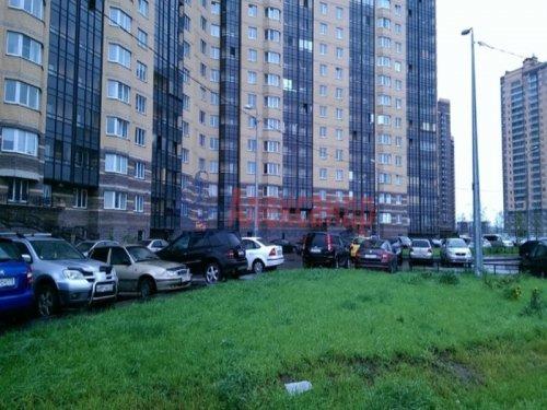 1-комнатная квартира (38м2) на продажу по адресу Парголово пос., Федора Абрамова ул., 8— фото 1 из 2